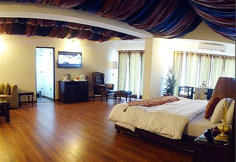 Accommodation amp rooms in dalhousie pir panjal suite classic