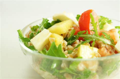 calorie fior di latte insalata di farro con pomodorini e fior di latte ricetta