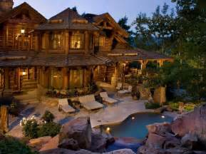luxury log homes which word best describes this luxury log home 171 the log
