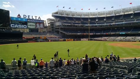 nys section 5 football yankee stadium section 130 new york yankees