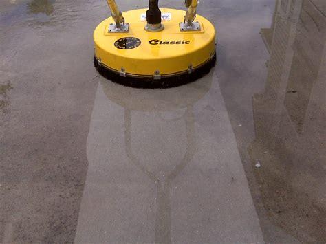 striping when cleaning pool decks pressure washing