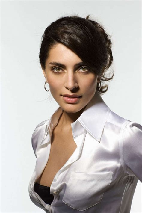 Caterina Murino New Bond by Caterina Murino Casino Royale Photoshoot 10 Gotceleb