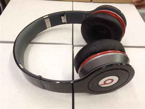 used original beats wireless by dr dre black
