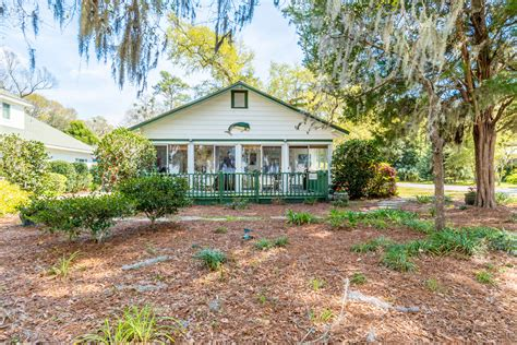 oak cottages fairhope al fairhope homes overlooking mobile bay jason will real estate mobile county real estate