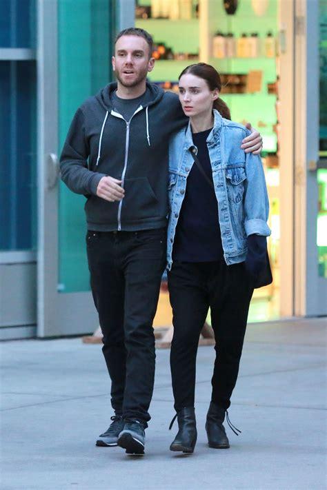 Or With Boyfriend Rooney Mara With Director Boyfriend In Los Angeles June 2015