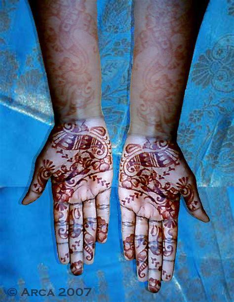 henna tattoo on dark skin henna on dark skin by arcanoide on deviantart