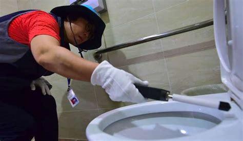 hidden bathroom camera porn these women hunt hi tech peeping toms in south korea where