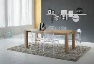 pourquoi choisir la chaise design transparente