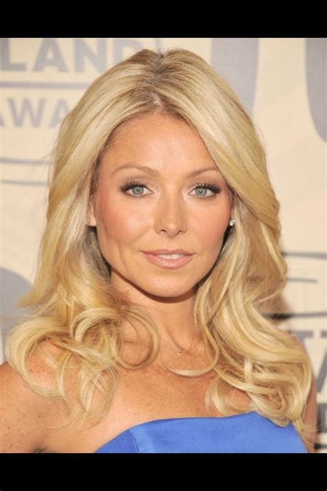 is kelly rippas hair thin kelly ripa hair hair styles pinterest kelly ripa my