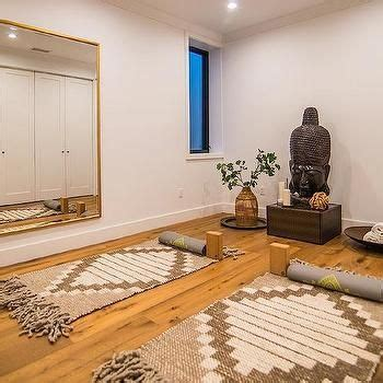 small zen bedroom ideas 25 best ideas about yoga room design on pinterest yoga room decor yoga rooms and