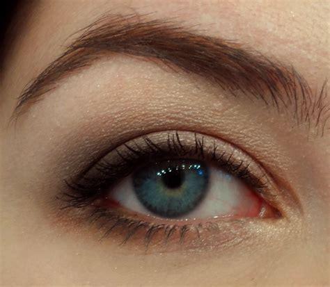 Eyeshadow Tude courtroom drama pink and grey eyeshadow cosmetic