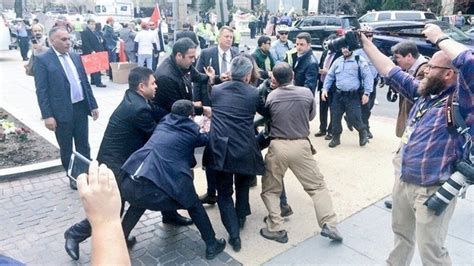 erdogan security team clashes with reporters protesters