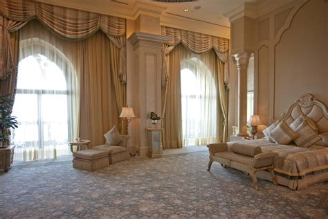 the bed room emirates palace a royal hotel in abu dhabi the lux traveller