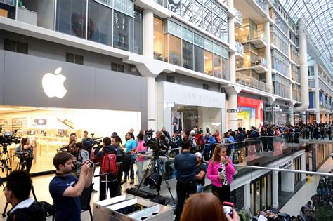 Lines Up Two In Store Performances To The Release Of Highly Anticipated Debut Album In Motion by Photos Apple Store Lines For Iphone 6 And Iphone 6 Plus