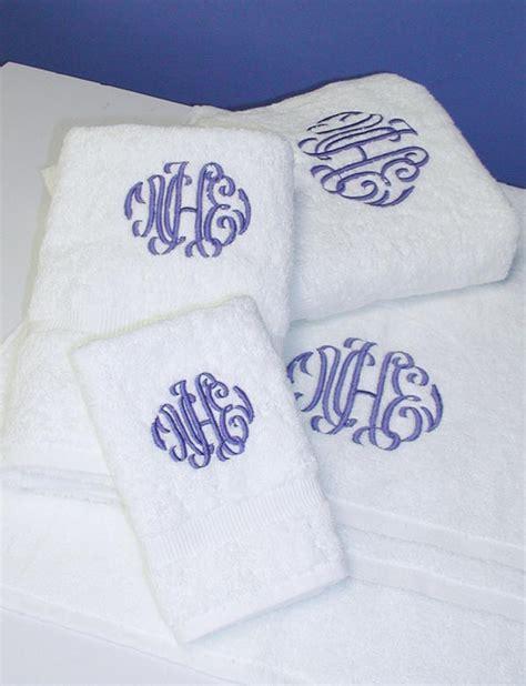 monogrammed bath towels monogrammed bath rugs roselawnlutheran