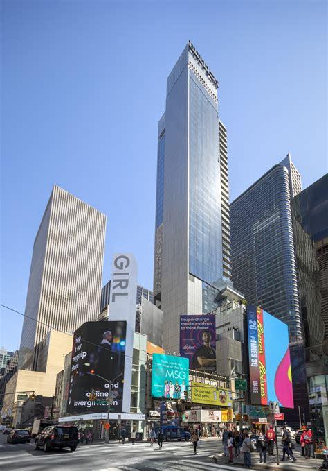 times square skyscraper building  york  architect