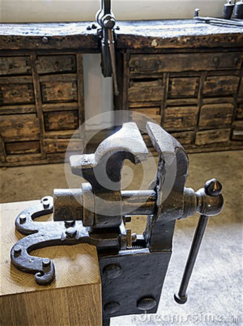 old bench vises old bench vise royalty free stock photography image 35491547