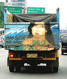 gambar tulisan lucu yang sering dijumpai di bak mobil truk