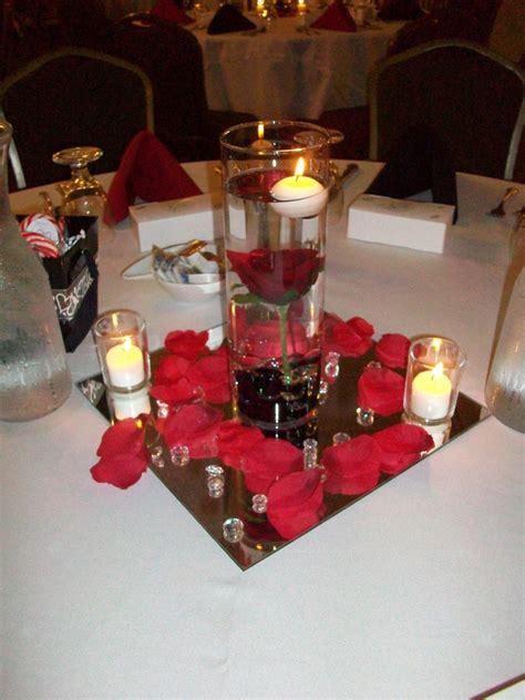 centerpiece ideas glass hurricanes candle