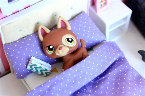 lps beds how to make an lps bed how to make a doll bed youtube