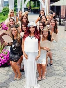 Jersey shore s snooki shares selfie of bump on twitter daily mail