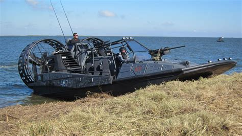 airboat duck blind airboat 04 airboat pinterest motor vehicle vehicle