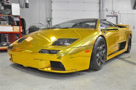 A Gold Lamborghini A Gold Wrapped 30th Anniversary Lamborghini Diablo Goes