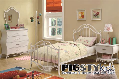 twin bed for girl twin beds for girls white wooden wall for bedroom with