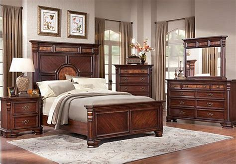 rooms to go king bedroom sets shop for a blakefield 5 pc king bedroom at rooms to go