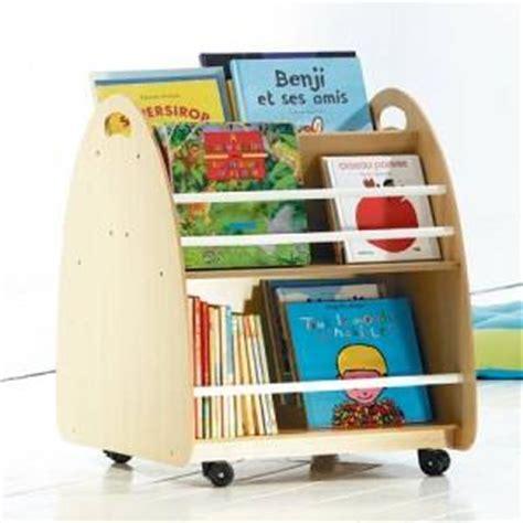 bibliotheque pour enfant le coin lecture d 233 co