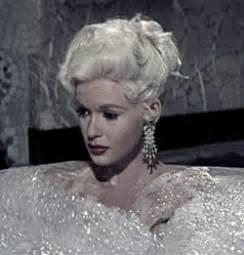 jayne mansfield bathtub jayne mansfield taking a bubble bath gifs matthew s