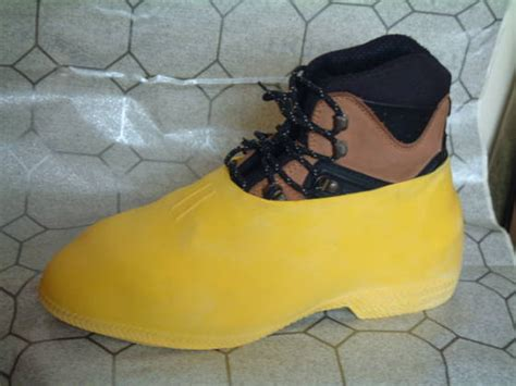 overshoe rubber shoe cover id 990430 product details