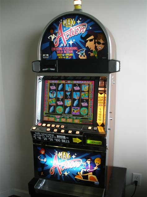 igt max action  game video slot machine  lcd