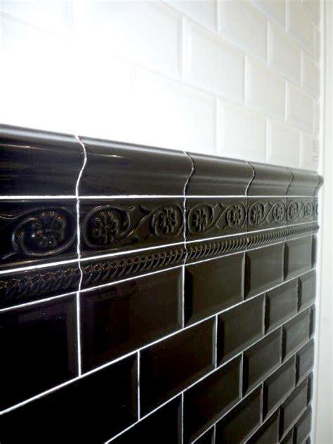 fliese schwarz glänzend wohnideen wohnzimmer grau braun