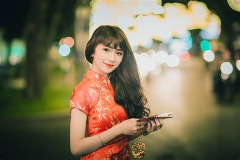 who is the asian oriental girl in the liberty mutual insurance tv commercial china to use blockchain for tax invoices ft reporter