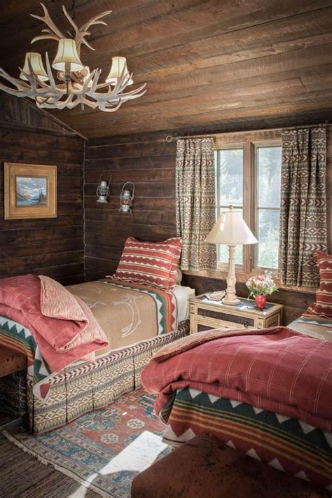 Log Cabin Guest Room Sagada by 25 Best Ideas About Ranch Home Decor On