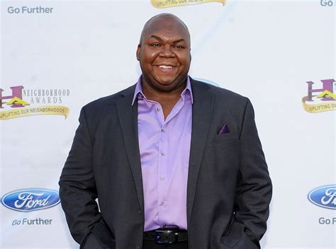 windell middlebrooks miller high life actor windell middlebrooks miller high life delivery man
