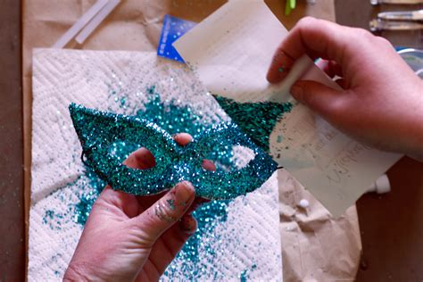 How To Make A Mardi Gras Mask Out Of Paper - how to make a mardi gras mask out of paper 28 images