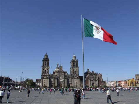 zocalo plaza mexico city top sights of mexico city quick travel guide