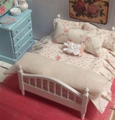 Dollhouse Bed Set Miniature Dollhouse Bedding Shabby Style