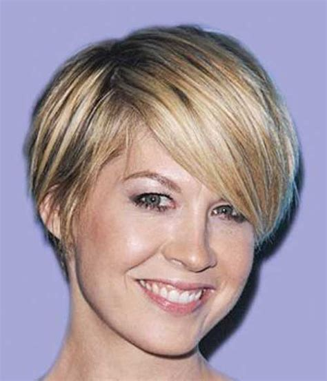 short hairstyles for women over 40 with thin fine hair and round fat face 20 short hair for over 40 short hairstyles 2017 2018