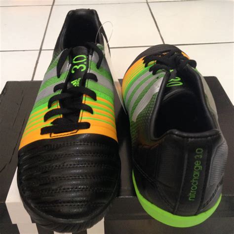 Sepatu Bola Adidas Nitrocharge 4 0 Original jual adidas nitrocharge 3 0 in size 38 2 3 sepatu futsal