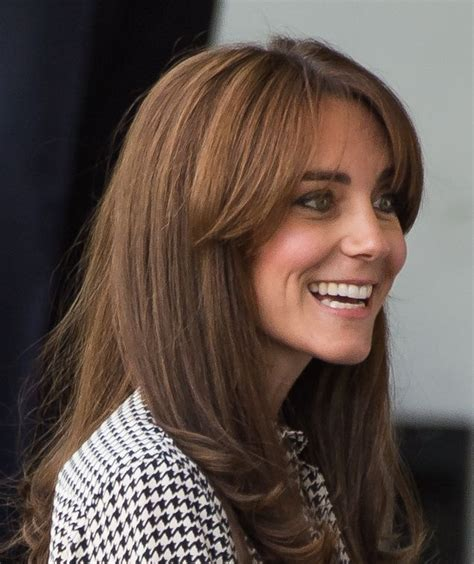 is kate middletons hair mahogany a closer look at kate middleton s new bangs kate