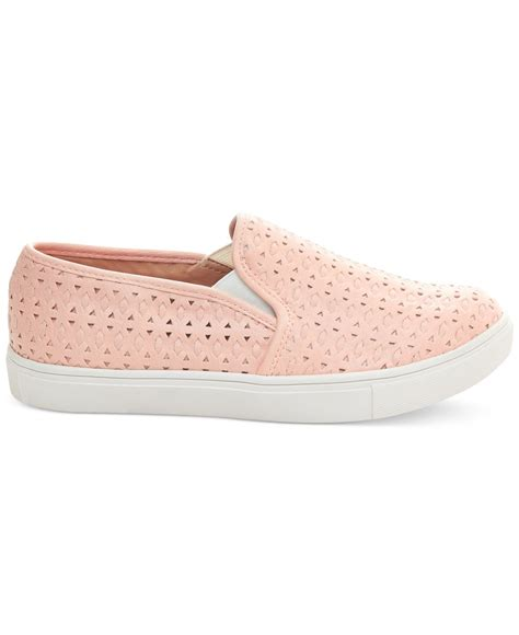 Sneakers Excel lyst steve madden s excel slip on sneakers in pink