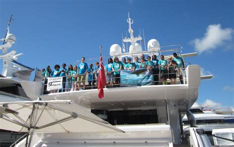triton boats careers middle school students tour yacht to learn about industry