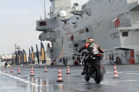 Motorrad Online Angel Gt by Pirelli Apresenta O Angel Gt Para Motos Sport Touring