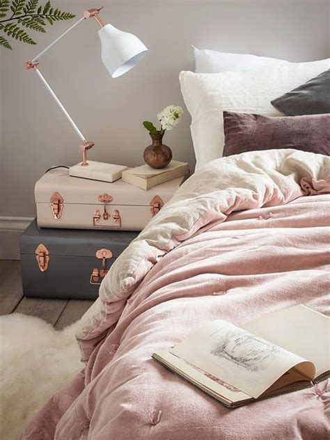 light pink and cream bedroom best 20 pink bedroom decor ideas on pinterest pink gold