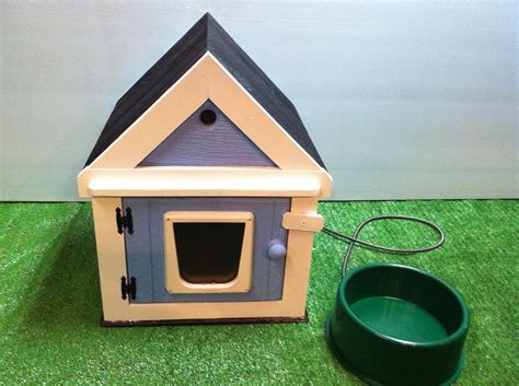 outdoor heated cat house heated outdoor cat house heated bowl bed shelter by stabob on etsy