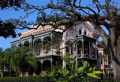 garden district mansion