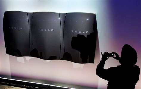 What Battery Does Tesla Use Tesla Nasdaq Tsla Powerwall Investing